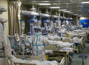 واشنطن.. موظفو مختبر «ووهان» أصيبوا بأعراض كورونا قبل تسجيله