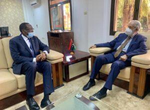 «سيالة» يستلم أوراق اعتماد سفير روندا