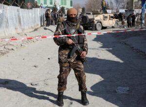 أفغانستان.. مقتل عشرات من عناصر الأمن بسلسلة هجمات في البلاد