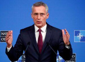 «الناتو» يُرحب بوقف إطلاق النار في ليبيا ويُؤكد دعمه لبناء القدرات الأمنية
