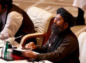 حركة «طالبان» تُحذّر من تعثر محادثات السلام