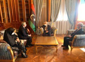 خارجية «الوفاق» تبحث تعزيز علاقات التعاون مع إيران