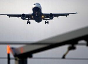 الإمارات.. «العربية للطيران» تُعلن استئناف رحلاتها مع قطر