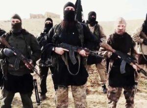 العراق.. مواجهات عنيفة بين الحشد الشعبي و«داعش» شمال البلاد