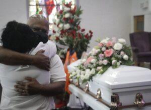 الولايات المتحدة.. الوفيات اليومية بسبب كورونا تلامس الـ4 آلاف