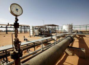 مؤسسة النفط تدعو إلى التعامل مع «قوت الليبيين» بمسؤولية