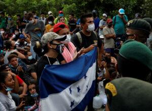 هندوراس.. قافلة مُهاجرين جديدة تنطلق للولايات المُتحدة