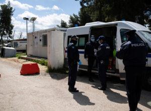 اليونان.. السلطات تعتقل لاجئا سوريا بتهمة انتمائه لـ«النصرة»