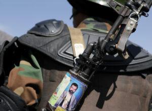 قيادي «حوثي» يتهم واشنطن بدعم تنظيم القاعدة في اليمن