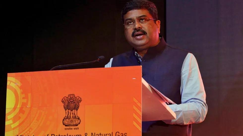 وزير النفط الهندي: الهند تُطالب أوبك بالوفاء بوعد استقرار الأسعار