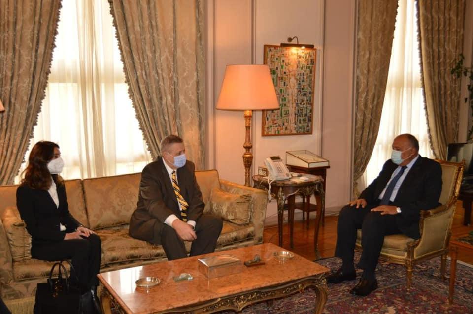 المبعوث الأممي يبحث في القاهرة تطورات الأزمة الليبية