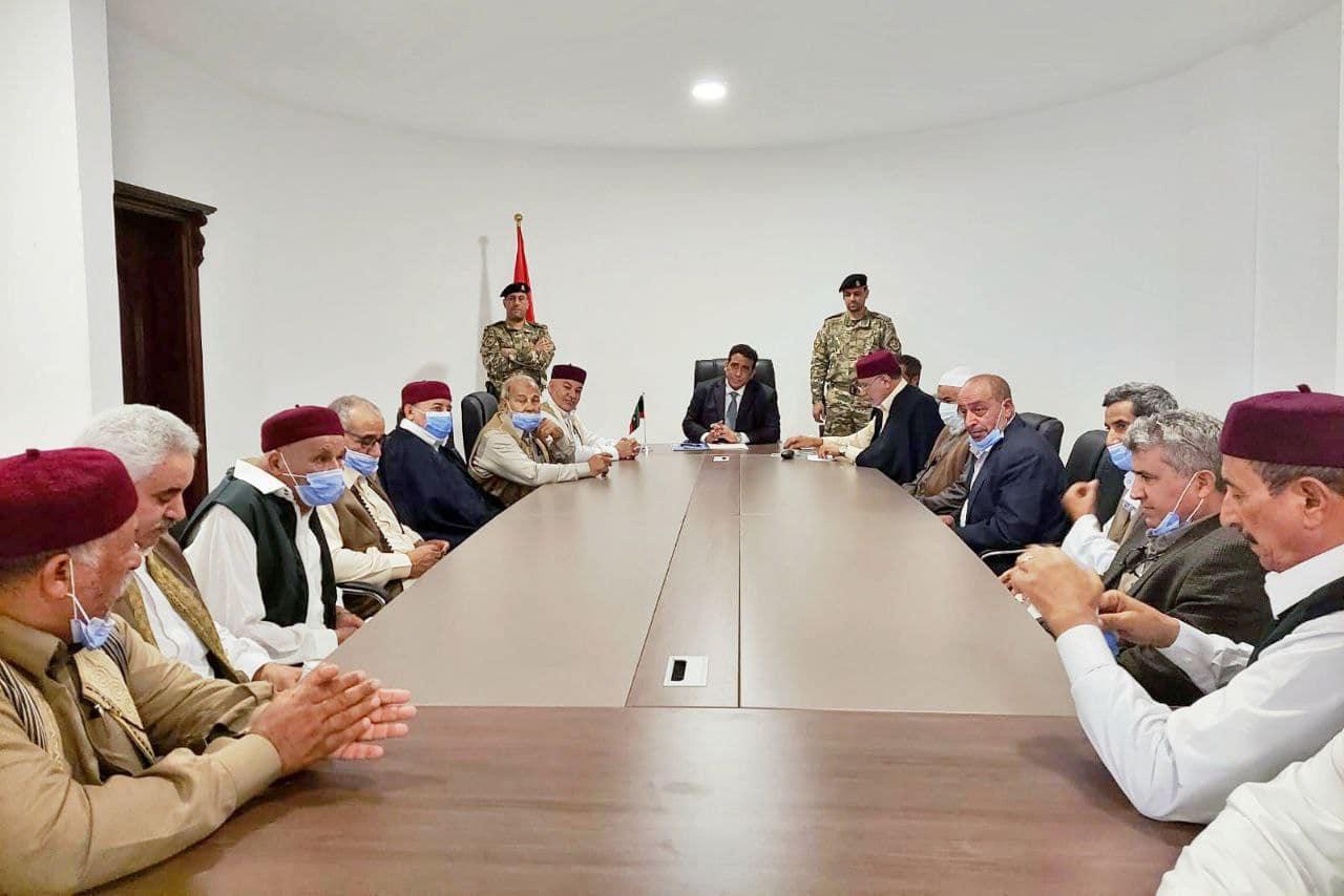 «المنفي» يبحث مع أعيان وحكماء طبرق إنجاح المصالحة الوطنية