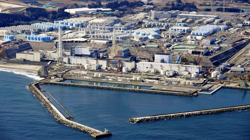 اليابان: 100 مليون طن من مياه محطة فوكوشيما النووية ستصرف في المحيط بعد معالجتها