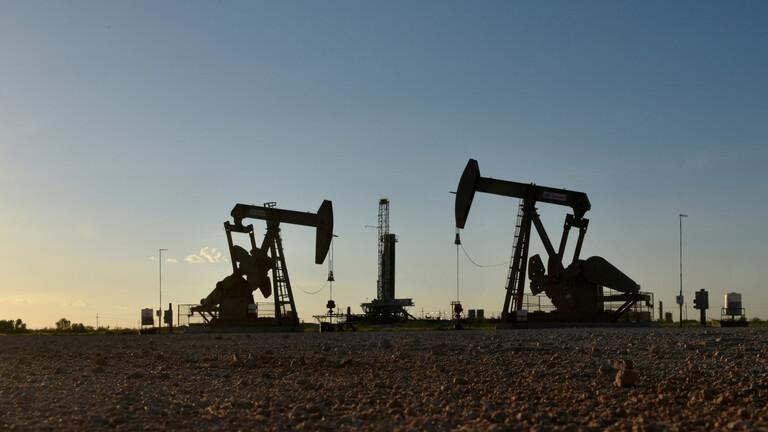 تراجع أسعار النفط بفعل مخاوف على الطلب