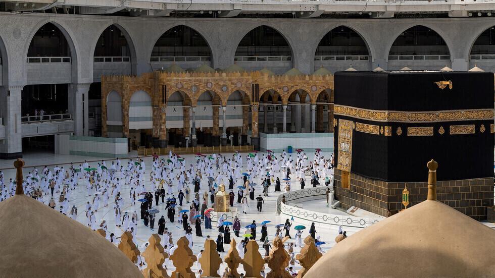 السعودية تدرس احتمال منع الوافدين من الحج للعام الثاني على التوالي