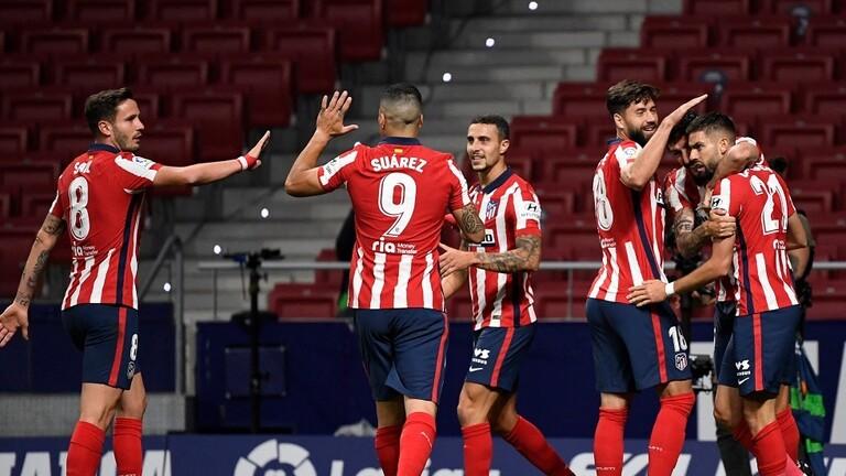 أتلتيكو مدريد يقترب من حصد لقب «الليغا»