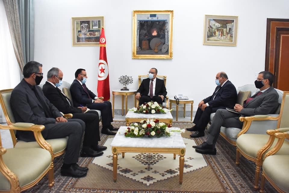 وزارة الصناعة تُطلق برنامج عمل مشترك بين ليبيا وتونس