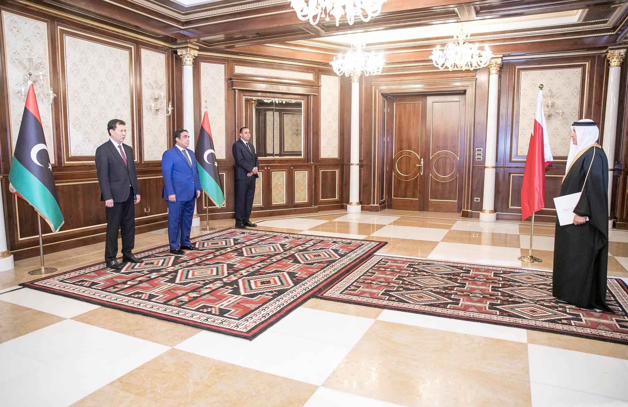 رئيس المجلس الرئاسي يتسلم أوراق اعتماد سفيري البحرين والبرتغال