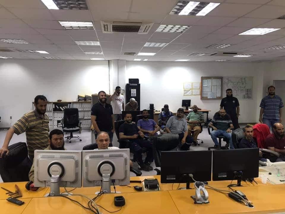 بعد توقف لسنوات.. تشغيل الوحدة البخارية الثالثة بمحطة كهرباء شمال بنغازي