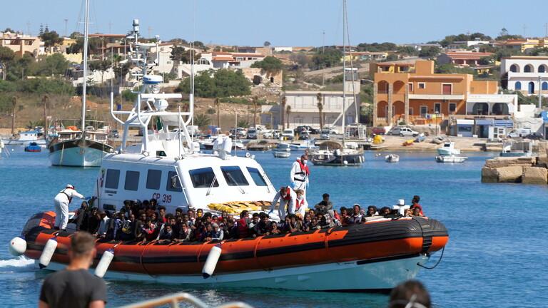 وفاة 7 مهاجرين إثر غرق قارب قرب لامبيدوزا الإيطالية