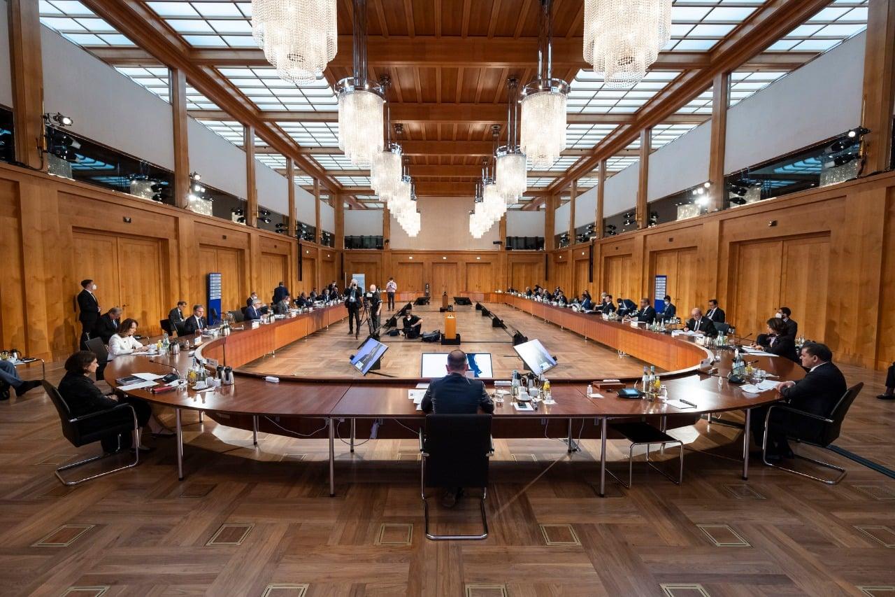 المبعوث الأممي يُرحب بنتائج مؤتمر برلين 2