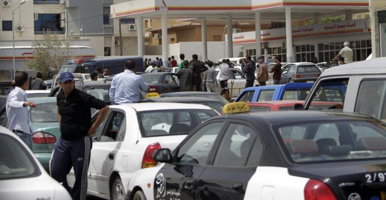 لجنة أزمة الوقود والغاز: الازدحام على المحطات يرجع إلى انقطاع التيار الكهربائي