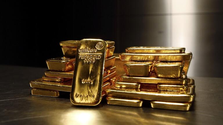 تراجع أسعار الذهب إلى أقل مستوى منذ أكثر من أسبوع