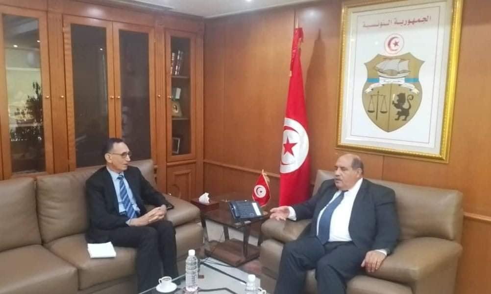 وزير الاقتصاد والتجارة يستعرض مع نظيره التونسي تحضيرات اجتماع اللجنة المشتركة