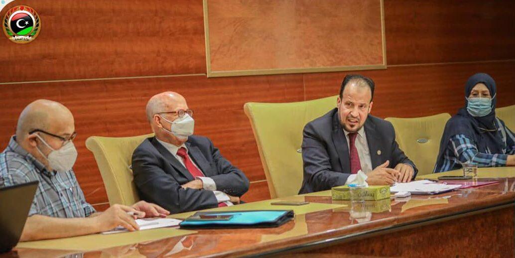 وزارة الصحة تضع توصيات عاجلة للسيطرة على انتشار كورونا