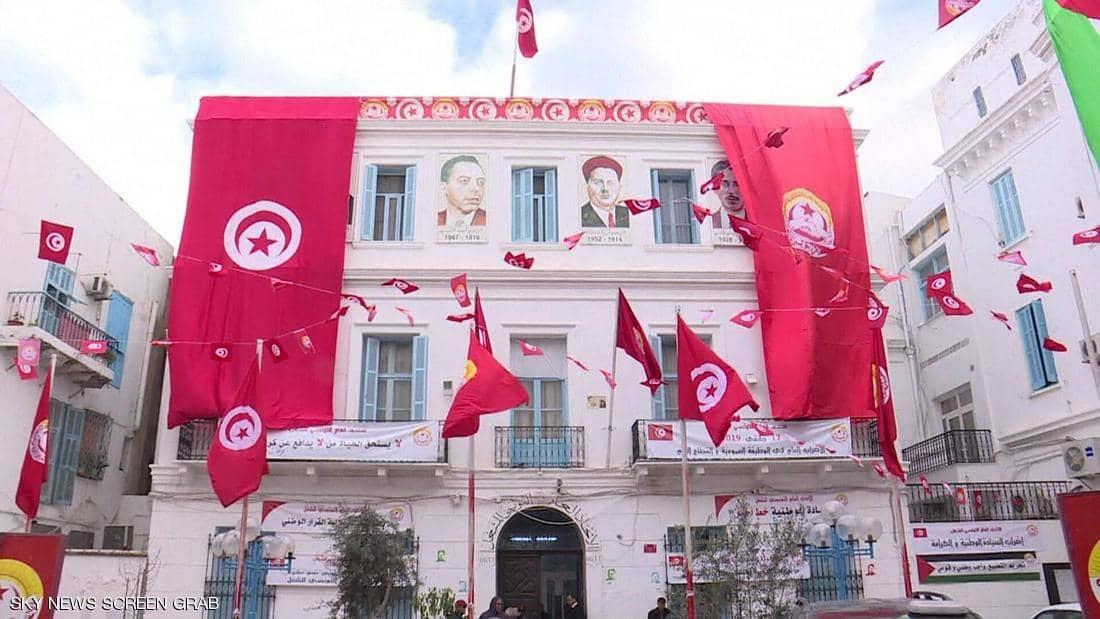 الاتحاد التونسي للشغل يُطالب بضمانات دستورية مرافقة لقرارات الرئيس