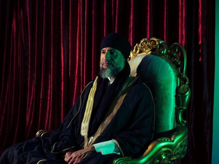 نيويورك تايمز: ابن القذافي ما زال حيا ويريد أن يستعيد ليبيا