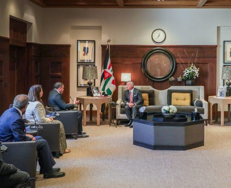 العاهل الأردني يُؤكد وقوف بلاده إلى جانب ليبيا