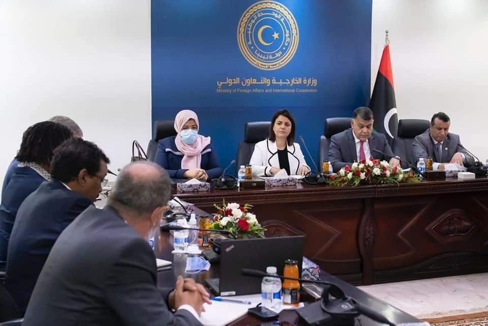 اجتماع وزاري موسع مع اللجنة الأممية لتقصي الحقائق