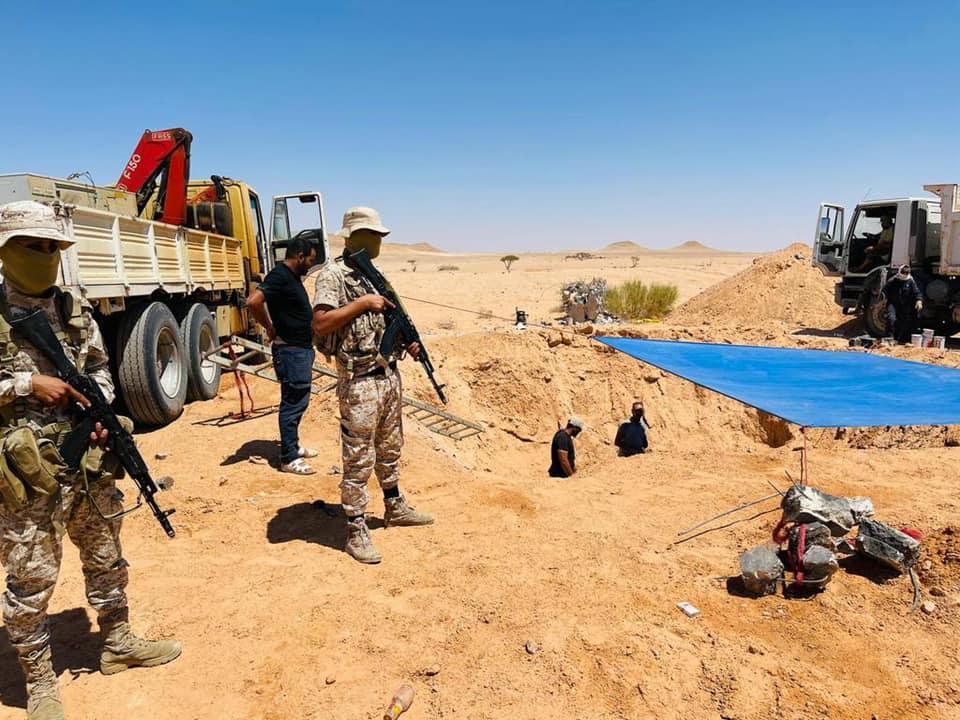 صور.. اللواء 444 يضبط معتدين على النهر الصناعي في الشويرف
