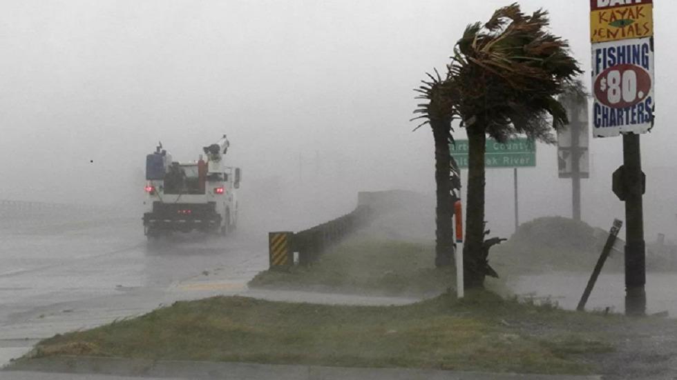 إعصار في الولايات المتحدة يدفع أسعار النفط للارتفاع