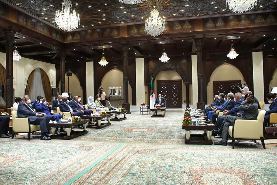 الرئيس الجزائري يستقبل «المنقوش» ونظرائها من دول الجوار