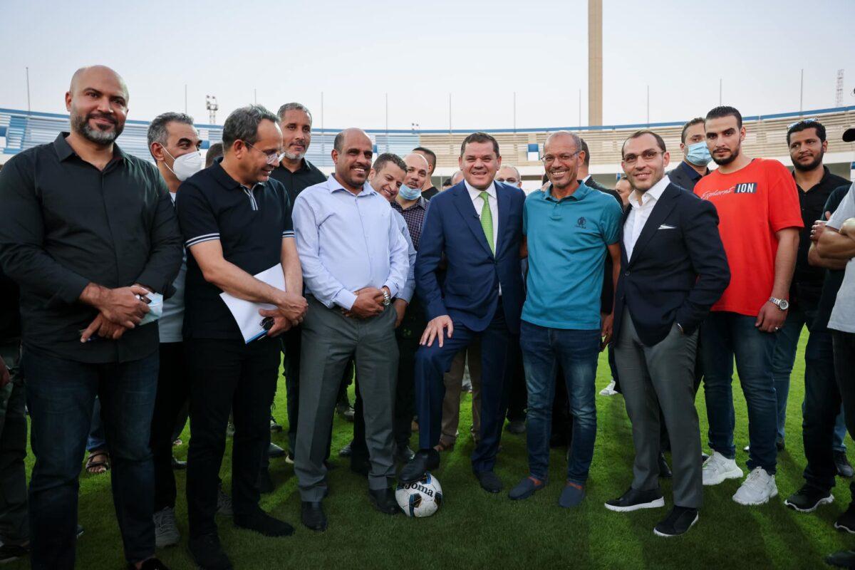 رئيس الحكومة يتفقد المدينة الرياضية بطرابلس