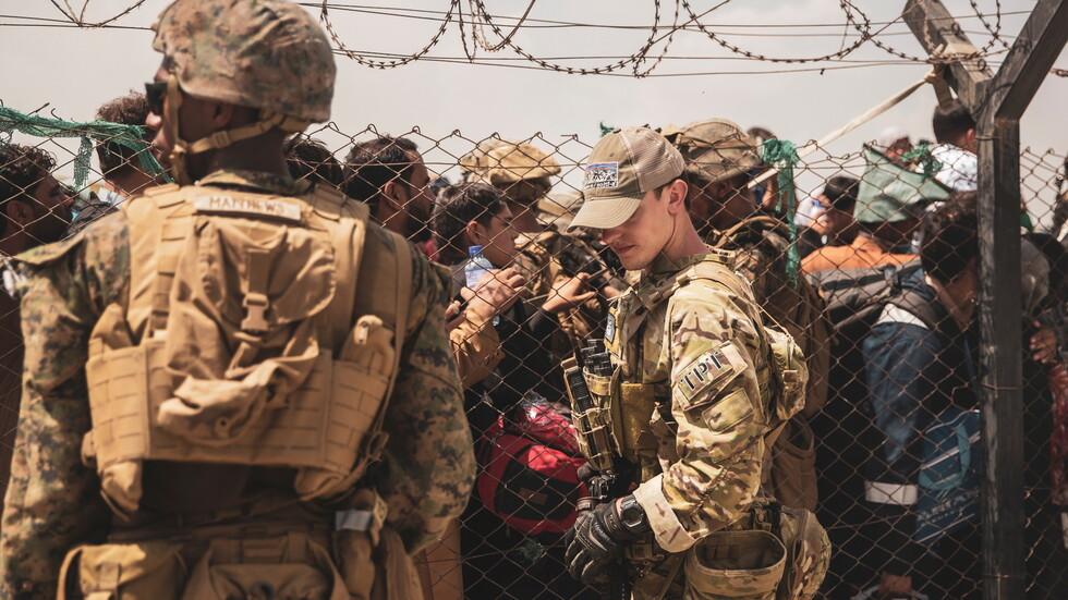 مقتل 12 جنديًا أمريكيًا وإصابة آخرين في هجوم مطار كابل