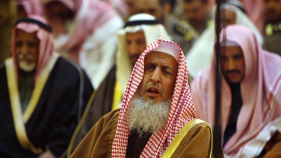 هيئة علماء السعودية تُوضح حكم الميت بكورونا