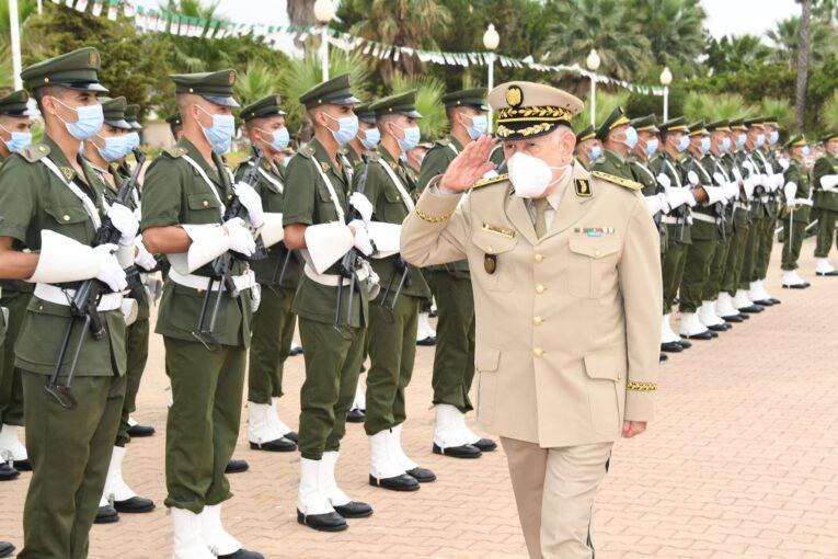 رئيس أركان الجيش الجزائري يُحذّر من مؤامرات تُحاك ضد بلاده