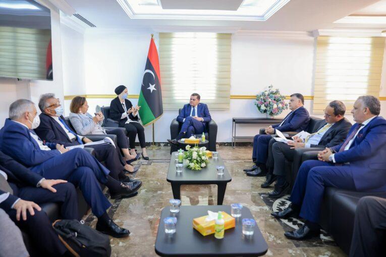 وزير الداخلية الإيطالية تصل العاصمة طرابلس في زيارة رسمية