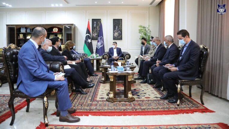 الداخلية تُناقش مع البعثة الأممية إستراتيجية تأمين الانتخابات القادمة