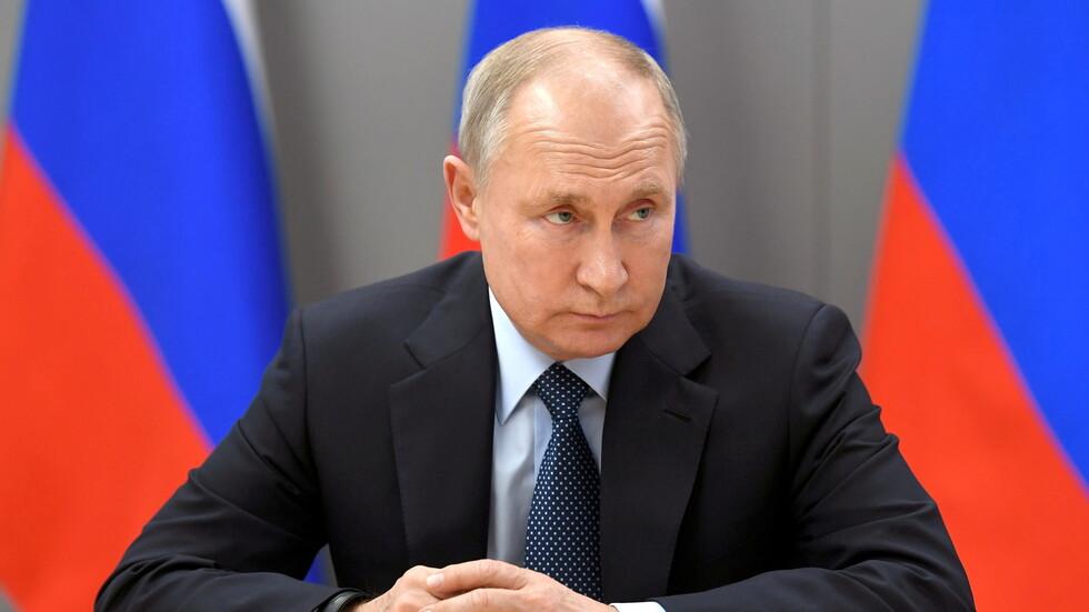 «بوتين» يدخل عزلاً ذاتياً بعد إصابات بكورونا في دائرة المحيطين به
