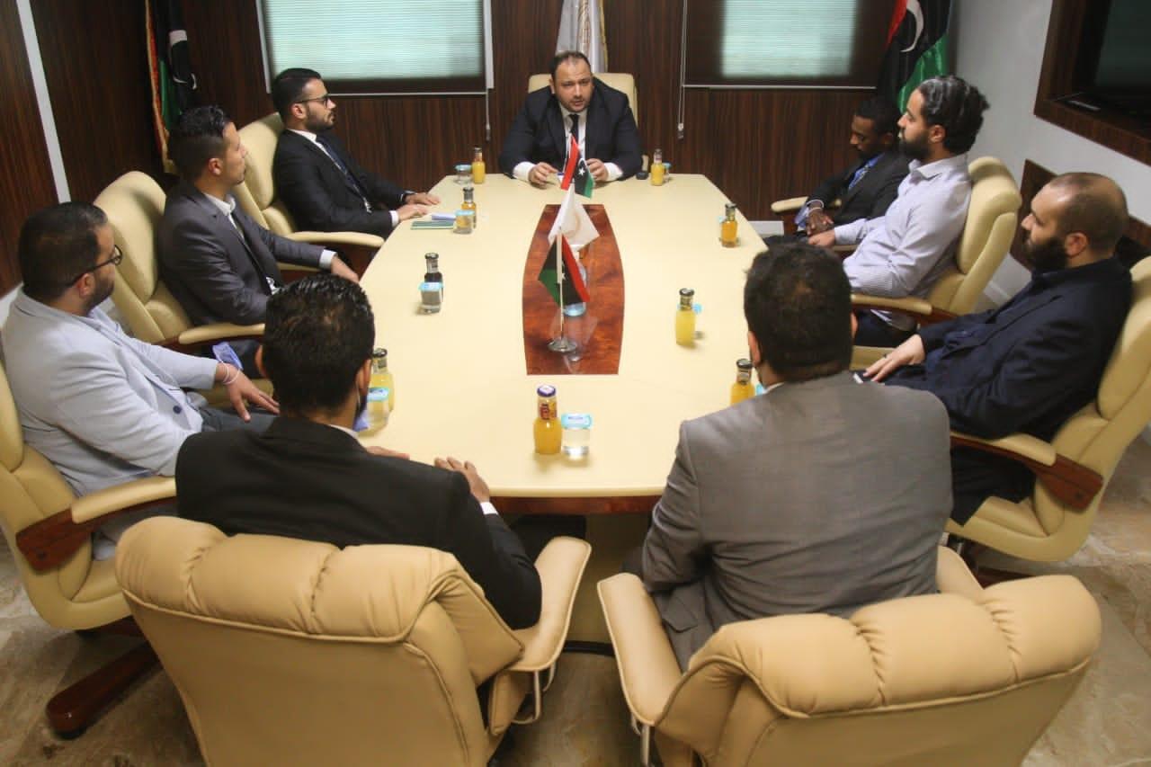 الشباب تُناقش تعزيز مشاركة الدبلوماسية الشبابية