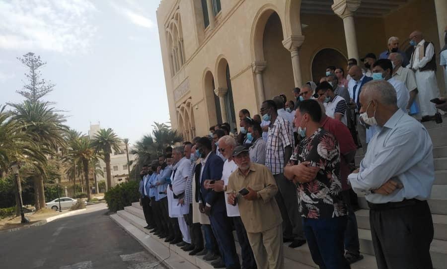وقفة احتجاجية في طرابلس رفضاً لتأجيل الانتخابات