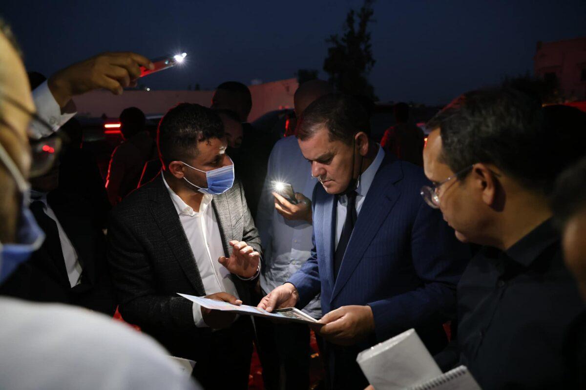 رئيس الحكومة يُجري زيارة تفقدية لبلدية أبوسليم