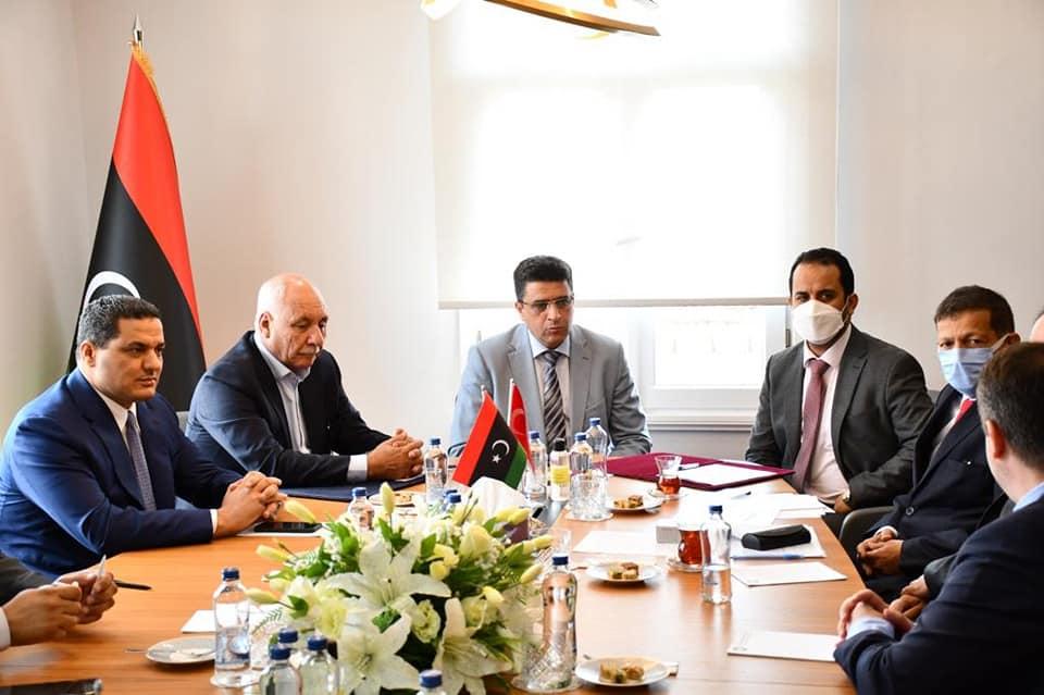 ديوان المحاسبة يُشرف على تسوية استئناف مشروعات جامعة طرابلس