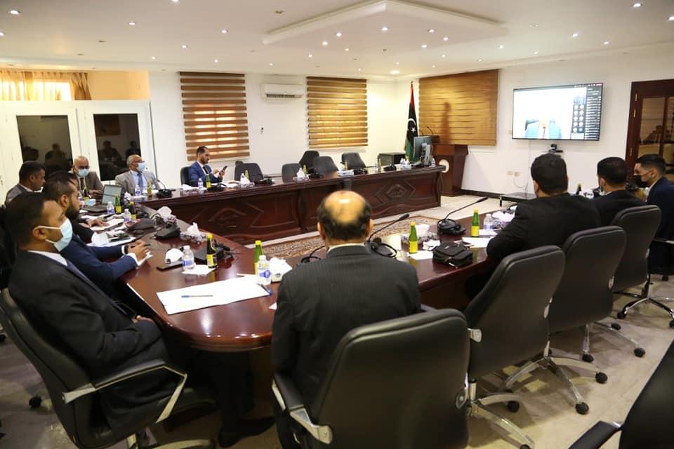 الخارجية تُنظم الاجتماع الافتراضي الأول مع رؤساء البعثات في أفريقيا