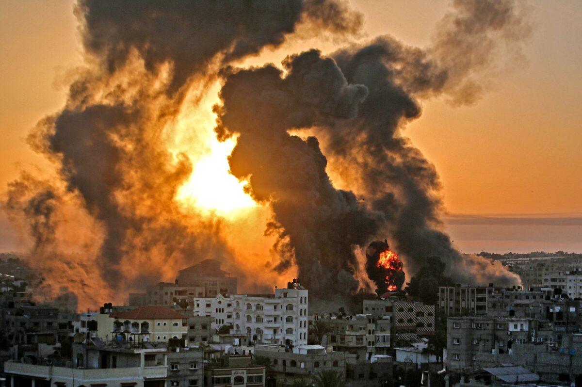 الطيران الإسرائيلي يقصف موقعين وأرضا زراعية في غزة
