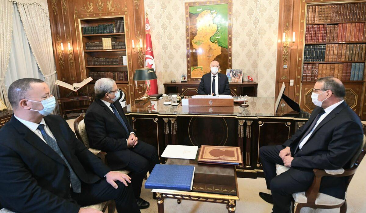 تونس تفتح حدودها مع ليبيا ابتداء من الجمعة